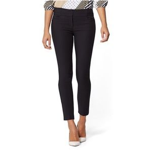 Black New York & co ankle pants